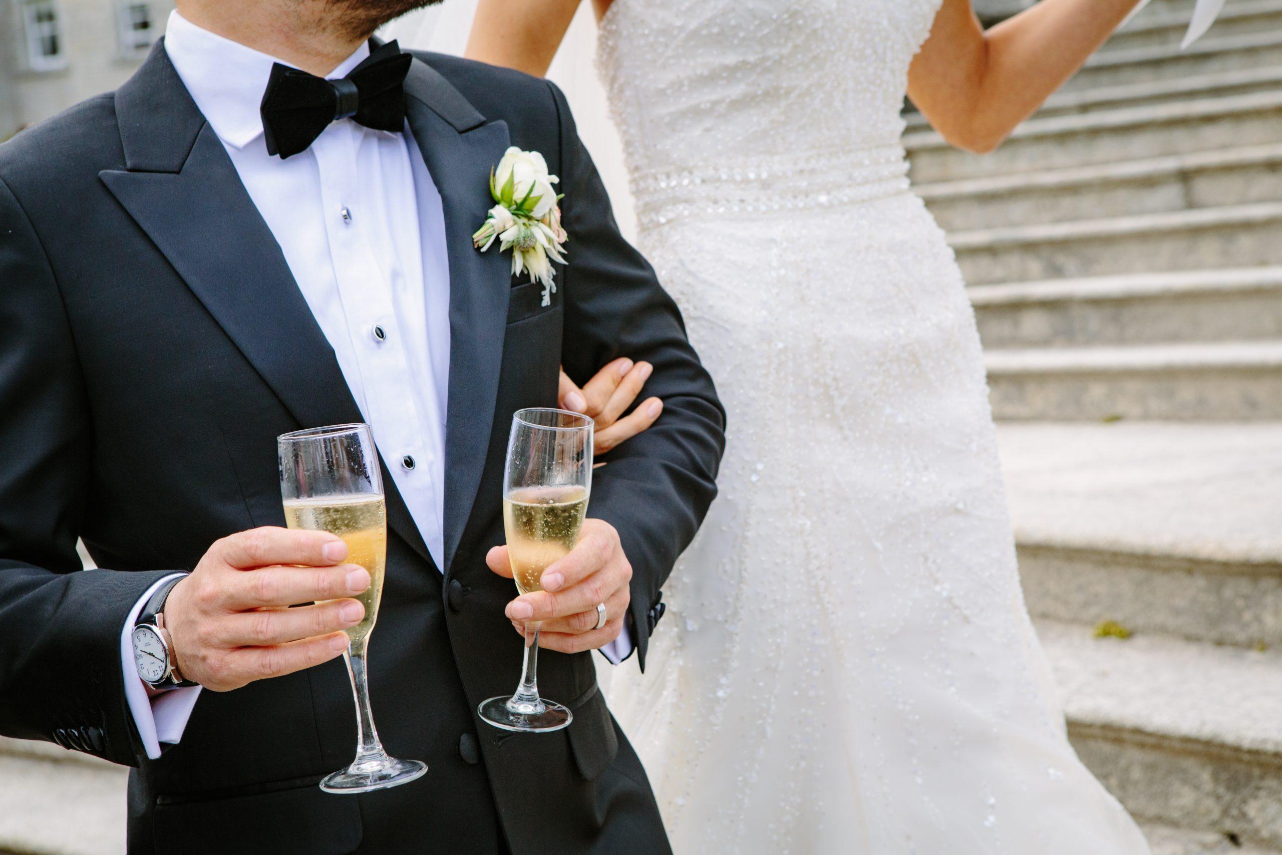 Sektempfang Zur Hochzeit So Planst Du Ihn Perfekt